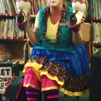 Violet the Clown visits the Library